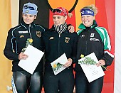 Subject: Ariane Dubiel, Jennifer Plate, Maria Hüttenrauch Bestenermittlung U23  100m; Tags: Sport, Siegerehrung, Victory ceremony, Preisverleihung, Ehrung, Award ceremony, Award, Prize Giving, Maria Hüttenrauch, Jennifer Plate, GER, Germany, Deutschland, Eisschnelllauf, Speed skating, Schaatsen, Ehemalige, Detail, Damen, Ladies, Frau, Mesdames, Female, Women, Athlet, Athlete, Sportler, Wettkämpfer, Sportsman, Ariane Dubiel; PhotoID: 2005-10-29-0411