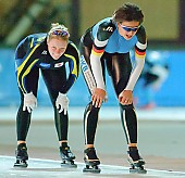 Subject: Ariane Dubiel, Maria Hüttenrauch; Tags: Sport, Maria Hüttenrauch, GER, Germany, Deutschland, Eisschnelllauf, Speed skating, Schaatsen, Ehemalige, Damen, Ladies, Frau, Mesdames, Female, Women, Athlet, Athlete, Sportler, Wettkämpfer, Sportsman, Ariane Dubiel; PhotoID: 2006-11-11-0628
