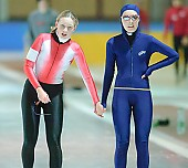 Subject: Lisa Rosenbusch, Sandra Bockje; Tags: Sport, Sandra Bockje, Lisa Rosenbusch, GER, Germany, Deutschland, Eisschnelllauf, Speed skating, Schaatsen, Ehemalige, Damen, Ladies, Frau, Mesdames, Female, Women, Athlet, Athlete, Sportler, Wettkämpfer, Sportsman; PhotoID: 2006-12-09-0216
