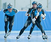 Subject: Jörg Dallmann, Samuel Schwarz, Tobias Schneider; Tags: Training, Preparation, Ausbildung, Vorbereitung, Breeding, Education, Tobias Schneider, Sport, Shorttrack, Short Track, Samuel Schwarz, Jörg Dallmann, Herren, Men, Gentlemen, Mann, Männer, Gents, Sirs, Mister, GER, Germany, Deutschland, Eisschnelllauf, Speed skating, Schaatsen, Detail, Athlet, Athlete, Sportler, Wettkämpfer, Sportsman; PhotoID: 2008-07-30-0225