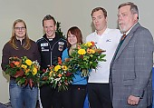 Subject: Bart Schouten, Denise Roth, Gerd Heinze, Jenny Wolf, Marco Weber und DESG Präsident Gerd Heinze; Tags: Trainer, Coach, Betreuer, Sport, Marco Weber, Jenny Wolf, Herren, Men, Gentlemen, Mann, Männer, Gents, Sirs, Mister, Gruppenfoto, Group shot, Gruppe, Gruppenbild, Gruppenaufnahme, Group photo, Gesichter, Face, Close up, Antlitz, Konterfei, Visage, Gerd Heinze, GER, Germany, Deutschland, Funktionär, Official, Eisschnelllauf, Speed skating, Schaatsen, Detail, Denise Roth, Damen, Ladies, Frau, Mesdames, Female, Women, Bart Schouten, Athlet, Athlete, Sportler, Wettkämpfer, Sportsman; PhotoID: 2008-10-30-0015