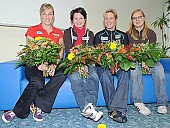 Subject: Anni Friesinger-Postma, Claudia Pechstein, Daniela Anschütz-Thoms, Jenny Wolf; Tags: Sport, Pressekonferenz, Press conference, Media conference, Jenny Wolf, Gruppenfoto, Group shot, Gruppe, Gruppenbild, Gruppenaufnahme, Group photo, Gesichter, Face, Close up, Antlitz, Konterfei, Visage, GER, Germany, Deutschland, Eisschnelllauf, Speed skating, Schaatsen, Ehemalige, Detail, Daniela Anschütz-Thoms, Damen, Ladies, Frau, Mesdames, Female, Women, Claudia Pechstein, Athlet, Athlete, Sportler, Wettkämpfer, Sportsman, Anna Christine Friesinger-Postma; PhotoID: 2008-10-30-0036