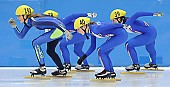 Subject: Francesca Compagnoni, Hanne van Hijfte; Tags: Sport, Shorttrack, Short Track, NED, Netherlands, Niederlande, Holland, Dutch, ITA, Italy, Italien, Hanne van Hijfte, Francesca Compagnoni, Damen, Ladies, Frau, Mesdames, Female, Women, Athlet, Athlete, Sportler, Wettkämpfer, Sportsman; PhotoID: 2008-12-13-0018