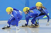 Subject: Elena Viviani, Hanne van Hijfte, Josephine Meschnik; Tags: Sport, Shorttrack, Short Track, NED, Netherlands, Niederlande, Holland, Dutch, Josephine Meschnik, ITA, Italy, Italien, Hanne van Hijfte, Elena Viviani, Damen, Ladies, Frau, Mesdames, Female, Women, Athlet, Athlete, Sportler, Wettkämpfer, Sportsman; PhotoID: 2008-12-13-0022