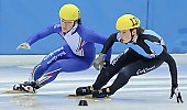 Subject: Davide Viscardi, Koen Hakkenberg; Tags: Sport, Shorttrack, Short Track, NED, Netherlands, Niederlande, Holland, Dutch, Koen Hakkenberg, ITA, Italy, Italien, Herren, Men, Gentlemen, Mann, Männer, Gents, Sirs, Mister, Davide Viscardi, Athlet, Athlete, Sportler, Wettkämpfer, Sportsman; PhotoID: 2008-12-13-0129