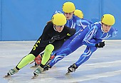 Subject: Anke Hartmann, Julia Riedel; Tags: Shorttrack, Short Track, Julia Riedel, GER, Germany, Deutschland, Ehemalige, Damen, Ladies, Frau, Mesdames, Female, Women, Athlet, Athlete, Sportler, Wettkämpfer, Sportsman, Anke Hartmann, Sport; PhotoID: 2008-12-13-0164