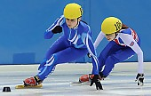 Subject: Alex Whelbourne, Bianca Walter; Tags: Sport, Shorttrack, Short Track, GER, Germany, Deutschland, GBR, United Kingdom, Vereinigtes Königreich Großbritannien, Great Britan, Damen, Ladies, Frau, Mesdames, Female, Women, Bianca Walter, Athlet, Athlete, Sportler, Wettkämpfer, Sportsman, Alex Whelbourne; PhotoID: 2008-12-13-0192