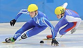 Motiv: Norman Wolf, Peter Anderl; Tags: Sport, Shorttrack, Short Track, Peter Anderl, Norman Wolf, Herren, Men, Gentlemen, Mann, Männer, Gents, Sirs, Mister, GER, Germany, Deutschland, Athlet, Athlete, Sportler, Wettkämpfer, Sportsman; PhotoID: 2008-12-13-0963
