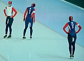 Subject: Alla Sjabanova, Galina Likhatsjova, Ekaterina Shikhova; Tags: Team, Team Pursuit, Mannschaftslauf, Verfolgungsrennen, Jagdrennen, Mannschaftsverfolgung, Teamverfolgung, Sport, RUS, Russian Federation, Russische Föderation, Russia, Konzentration, Concentration, Aufmerksamkeit, Fokussierung, Focus, Jekaterina Sjikhova, Galina Likhatsjova, Emotion, Emotion, Gefühle, Empfindung, Sentiment, Feeling, Sensation, Passion, Eisschnelllauf, Speed skating, Schaatsen, Detail, Damen, Ladies, Frau, Mesdames, Female, Women, Athlet, Athlete, Sportler, Wettkämpfer, Sportsman, Alla Sjabanova; PhotoID: 2009-02-01-0395