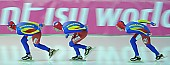 Subject: Cristian Mustăţea, Marian Cristian Ion, Valentin Antonio Anghel; Tags: Valentin Antonio Anghel, Team, Team Pursuit, Mannschaftslauf, Verfolgungsrennen, Jagdrennen, Mannschaftsverfolgung, Teamverfolgung, Sport, ROU, Romania, Rumänien, Marian Cristian Ion, Herren, Men, Gentlemen, Mann, Männer, Gents, Sirs, Mister, Eisschnelllauf, Speed skating, Schaatsen, Detail, Cristian Mustatea, Athlet, Athlete, Sportler, Wettkämpfer, Sportsman; PhotoID: 2009-02-01-0506