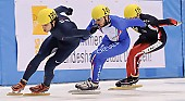 Subject: Anthony Lobello, Roberto Serra; Tags: USA, United States, Vereinigte Staaten von Amerika, Sport, Shorttrack, Short Track, Roberto Serra, ITA, Italy, Italien, Herren, Men, Gentlemen, Mann, Männer, Gents, Sirs, Mister, Athlet, Athlete, Sportler, Wettkämpfer, Sportsman, Anthony Lobello; PhotoID: 2009-02-13-0213