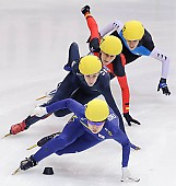 Subject: Christin Priebst, Eun-Ju Jung, Kimberly Derrick, Véronique Pierron; Tags: Véronique Pierron, USA, United States, Vereinigte Staaten von Amerika, Sport, Shorttrack, Short Track, Kimberly Derrick, KOR, South Korea, Südkorea, GER, Germany, Deutschland, FRA, France, Frankreich, Eun-Ju Jung, Damen, Ladies, Frau, Mesdames, Female, Women, Christin Priebst, Athlet, Athlete, Sportler, Wettkämpfer, Sportsman; PhotoID: 2009-02-15-0922