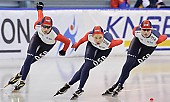 Subject: Elena Sokhryakova, Evgeniya Lalenkova, Olga Fatkulina; Tags: Team, Team Pursuit, Mannschaftslauf, Verfolgungsrennen, Jagdrennen, Mannschaftsverfolgung, Teamverfolgung, Sport, RUS, Russian Federation, Russische Föderation, Russia, Olga Fatkulina, Jevgenija Dmitrijeva, Jelena Sokhrjakova, Eisschnelllauf, Speed skating, Schaatsen, Detail, Damen, Ladies, Frau, Mesdames, Female, Women, Athlet, Athlete, Sportler, Wettkämpfer, Sportsman; PhotoID: 2009-03-01-0492