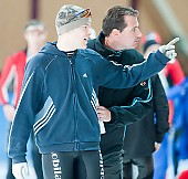 Subject: Marc Otter, Sjoerd Geraets; Tags: Trainer, Coach, Betreuer, Sport, Sjoerd Geraets, NED, Netherlands, Niederlande, Holland, Dutch, Marc Otter, Herren, Men, Gentlemen, Mann, Männer, Gents, Sirs, Mister, GER, Germany, Deutschland, Eisschnelllauf, Speed skating, Schaatsen, Detail, Coaching, Athlet, Athlete, Sportler, Wettkämpfer, Sportsman; PhotoID: 2009-10-10-0174