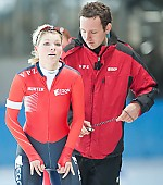 Subject: Marjanne Timmer, Martin ten Hove; Tags: Trainer, Coach, Betreuer, Sport, NED, Netherlands, Niederlande, Holland, Dutch, Martin ten Hove, Marjanne Timmer, Eisschnelllauf, Speed skating, Schaatsen, Detail, Damen, Ladies, Frau, Mesdames, Female, Women, Coaching, Athlet, Athlete, Sportler, Wettkämpfer, Sportsman; PhotoID: 2009-10-10-0662