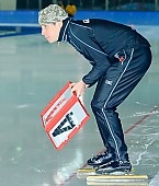 Subject: André Unterdörfel; Tags: Trainer, Coach, Betreuer, Sport, Gesichter, Face, Close up, Antlitz, Konterfei, Visage, GER, Germany, Deutschland, Eisschnelllauf, Speed skating, Schaatsen, Detail, Coaching, André Unterdörfel; PhotoID: 2009-10-30-0608