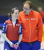 Subject: Jacques Orie, Laurine van Riessen; Tags: Trainer, Coach, Betreuer, Sport, NED, Netherlands, Niederlande, Holland, Dutch, Laurine van Riessen, Jacques Orie, Gesichter, Face, Close up, Antlitz, Konterfei, Visage, Eisschnelllauf, Speed skating, Schaatsen, Detail, Damen, Ladies, Frau, Mesdames, Female, Women, Coaching, Athlet, Athlete, Sportler, Wettkämpfer, Sportsman; PhotoID: 2009-11-14-0080