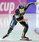 Subject: Tomomi Okazaki; Tags: Tomomi Okazaki, Start, Starting, Sport, JPN, Japan, Nippon, Eisschnelllauf, Speed skating, Schaatsen, Detail, Damen, Ladies, Frau, Mesdames, Female, Women, Athlet, Athlete, Sportler, Wettkämpfer, Sportsman; PhotoID: 2009-11-14-0397