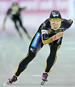 Subject: Tomomi Okazaki; Tags: Tomomi Okazaki, Sport, JPN, Japan, Nippon, Eisschnelllauf, Speed skating, Schaatsen, Damen, Ladies, Frau, Mesdames, Female, Women, Athlet, Athlete, Sportler, Wettkämpfer, Sportsman; PhotoID: 2009-11-15-0393