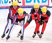 Subject: Paul Herrmann, Robert Seifert, Semion Elistratov, Sergej Prankevitch; Tags: Sport, Shorttrack, Short Track, Sergej Prankevitch, Semion Elistratov, Robert Seifert, RUS, Russian Federation, Russische Föderation, Russia, Paul Herrmann, Herren, Men, Gentlemen, Mann, Männer, Gents, Sirs, Mister, GER, Germany, Deutschland, Athlet, Athlete, Sportler, Wettkämpfer, Sportsman; PhotoID: 2010-01-22-3883