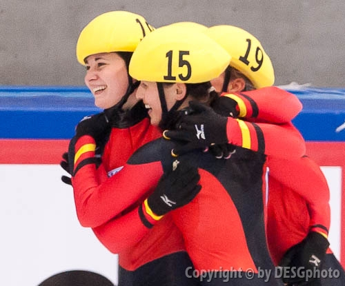 Aika Klein, Bianca Walter, Christin Priebst; Tags: Shorttrack, Short Track, GER, Germany, Deutschland, Ehemalige, Damen, Ladies, Frau, Mesdames, Female, Women, Christin Priebst, Bianca Walter, Athlet, Athlete, Sportler, Wettkämpfer, Sportsman, Aika Klein, Sport; PhotoID: 2010-01-24-0380