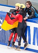 Subject: Aika Klein, Bianca Walter, Eric Bedard; Tags: Trainer, Coach, Betreuer, Sport, Shorttrack, Short Track, GER, Germany, Deutschland, Ehemalige, Damen, Ladies, Frau, Mesdames, Female, Women, Bianca Walter, Athlet, Athlete, Sportler, Wettkämpfer, Sportsman, Aika Klein, Éric Bédard; PhotoID: 2010-01-24-0386