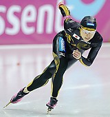 Subject: Tomomi Okazaki; Tags: Tomomi Okazaki, Sport, JPN, Japan, Nippon, Eisschnelllauf, Speed skating, Schaatsen, Damen, Ladies, Frau, Mesdames, Female, Women, Athlet, Athlete, Sportler, Wettkämpfer, Sportsman; PhotoID: 2010-03-12-0293