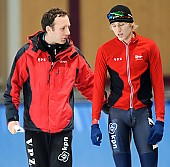 Subject: Martin ten Hove, Hadrik de Vries; Tags: Trainer, Coach, Betreuer, Sport, NED, Netherlands, Niederlande, Holland, Dutch, Martin ten Hove, Eisschnelllauf, Speed skating, Schaatsen, 2010-2011; PhotoID: 2010-10-10-0193