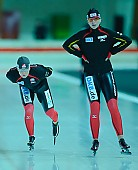 Subject: Bente Pflug, Claudia Pechstein; Tags: Sport, GER, Germany, Deutschland, Eisschnelllauf, Speed skating, Schaatsen, Damen, Ladies, Frau, Mesdames, Female, Women, Claudia Pechstein, Bente Kraus, Athlet, Athlete, Sportler, Wettkämpfer, Sportsman; PhotoID: 2011-02-12-0008