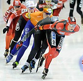 Subject: Claudia Pechstein, Mariska Huisman; Tags: Sport, NED, Netherlands, Niederlande, Holland, Dutch, Mariska Huisman, GER, Germany, Deutschland, Eisschnelllauf, Speed skating, Schaatsen, Damen, Ladies, Frau, Mesdames, Female, Women, Claudia Pechstein, Athlet, Athlete, Sportler, Wettkämpfer, Sportsman; PhotoID: 2012-03-04-0262