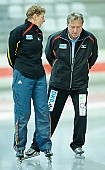Subject: Andrea Höhse, Stephan Gneupel; Tags: Trainer, Coach, Betreuer, Stephan Gneupel, Sport, GER, Germany, Deutschland, Eisschnelllauf, Speed skating, Schaatsen, Andrea Höhse; PhotoID: 2012-07-27-0161