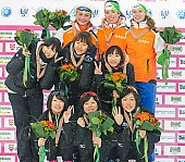 Subject: Antoinette de Jong, Ayano Sato, Cho-Weon Park, Jade van der Molen, Jee-Eun Nam, Miho Takagi, Reina Anema, Saori Toi, Yoon-Hee Heo; Tags: Yoon-Hee Heo, Sport, Siegerehrung, Victory ceremony, Preisverleihung, Ehrung, Award ceremony, Award, Prize Giving, Saori Toi, Reina Anema, NED, Netherlands, Niederlande, Holland, Dutch, Miho Takagi, KOR, South Korea, Südkorea, Jee-Eun Nam, Jade van der Molen, JPN, Japan, Nippon, Eisschnelllauf, Speed skating, Schaatsen, Detail, Damen, Ladies, Frau, Mesdames, Female, Women, Cho-Weon Park, Ayano Sato, Athlet, Athlete, Sportler, Wettkämpfer, Sportsman, Antoinette de Jong; PhotoID: 2013-02-24-0455