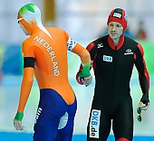 Subject: Marco Weber, Ted-Jan Bloemen; Tags: NED, Netherlands, Niederlande, Holland, Dutch, Marco Weber, Herren, Men, Gentlemen, Mann, Männer, Gents, Sirs, Mister, GER, Germany, Deutschland, Eisschnelllauf, Speed skating, Schaatsen, Athlet, Athlete, Sportler, Wettkämpfer, Sportsman, Sport, Ted-Jan Bloemen; PhotoID: 2013-03-01-0462