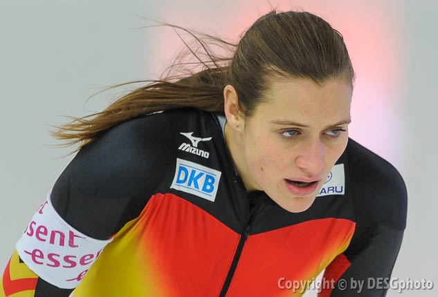 Jennifer Plate; Tags: Athlet, Athlete, Sportler, Wettkämpfer, Sportsman, Damen, Ladies, Frau, Mesdames, Female, Women, Eisschnelllauf, Speed skating, Schaatsen, GER, Germany, Deutschland, Jennifer Plate, Sport; PhotoID: 2013-12-07-0063