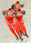 Subject: Guojun Tian, Longjiang Sun, Yan Liu; Tags: Guojun Tian, Eisschnelllauf, Speed skating, Schaatsen, CHN, China, Volksrepublik China, Athlet, Athlete, Sportler, Wettkämpfer, Sportsman, Herren, Men, Gentlemen, Mann, Männer, Gents, Sirs, Mister, Longjiang Sun, Sport, Yan Liu; PhotoID: 2013-12-07-0882