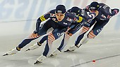 Subject: Cheol-Min Kim, Hyeong-Joon Joo, Seung-Hoon.88 Lee; Tags: Eisschnelllauf, Speed skating, Schaatsen, Detail, Cheol-Min Kim, Athlet, Athlete, Sportler, Wettkämpfer, Sportsman, Herren, Men, Gentlemen, Mann, Männer, Gents, Sirs, Mister, Hyeong-Joon Joo, KOR, South Korea, Südkorea, Seung-Hoon Lee, Sport, Team, Team Pursuit, Mannschaftslauf, Verfolgungsrennen, Jagdrennen, Mannschaftsverfolgung, Teamverfolgung; PhotoID: 2013-12-07-1030