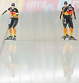Subject: Claudia Pechstein, Jennifer Bay, Monique Angermüller; Tags: Athlet, Athlete, Sportler, Wettkämpfer, Sportsman, Claudia Pechstein, Damen, Ladies, Frau, Mesdames, Female, Women, Detail, Eisschnelllauf, Speed skating, Schaatsen, GER, Germany, Deutschland, Jennifer Bay, Monique Angermüller, Sport, Team, Team Pursuit, Mannschaftslauf, Verfolgungsrennen, Jagdrennen, Mannschaftsverfolgung, Teamverfolgung; PhotoID: 2013-12-08-0669