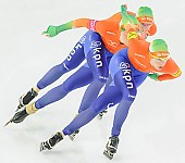Subject: Ireen Wüst, Jorien Ter Mors, Marrit Leenstra; Tags: Eisschnelllauf, Speed skating, Schaatsen, Detail, Damen, Ladies, Frau, Mesdames, Female, Women, Athlet, Athlete, Sportler, Wettkämpfer, Sportsman, Ireen Wüst, Jorien ter Mors, Marrit Leenstra, NED, Netherlands, Niederlande, Holland, Dutch, Shorttrack, Short Track, Sport, Team, Team Pursuit, Mannschaftslauf, Verfolgungsrennen, Jagdrennen, Mannschaftsverfolgung, Teamverfolgung; PhotoID: 2013-12-08-0767