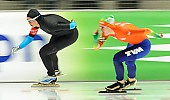Subject: Brittany Bowe, Ireen Wüst; Tags: Athlet, Athlete, Sportler, Wettkämpfer, Sportsman, Brittany Bowe, Damen, Ladies, Frau, Mesdames, Female, Women, Eisschnelllauf, Speed skating, Schaatsen, Ireen Wüst, NED, Netherlands, Niederlande, Holland, Dutch, Sport, USA, United States, Vereinigte Staaten von Amerika; PhotoID: 2014-03-07-0692