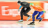 Subject: Brittany Bowe, Ireen Wüst; Tags: Athlet, Athlete, Sportler, Wettkämpfer, Sportsman, Brittany Bowe, Damen, Ladies, Frau, Mesdames, Female, Women, Eisschnelllauf, Speed skating, Schaatsen, Ireen Wüst, NED, Netherlands, Niederlande, Holland, Dutch, Sport, USA, United States, Vereinigte Staaten von Amerika; PhotoID: 2014-03-07-0693