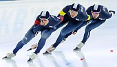 Subject: Byeong-Wook Ko, Cheol-Min Kim, Seung-Hoon.88 Lee; Tags: Athlet, Athlete, Sportler, Wettkämpfer, Sportsman, Byeong-Wook Ko, Cheol-Min Kim, Detail, Eisschnelllauf, Speed skating, Schaatsen, Herren, Men, Gentlemen, Mann, Männer, Gents, Sirs, Mister, KOR, South Korea, Südkorea, Seung-Hoon Lee, Sport, Team, Team Pursuit, Mannschaftslauf, Verfolgungsrennen, Jagdrennen, Mannschaftsverfolgung, Teamverfolgung; PhotoID: 2014-12-05-1726