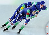 Subject: Ireen Wüst, Marije Joling, Marrit Leenstra; Tags: Athlet, Athlete, Sportler, Wettkämpfer, Sportsman, Damen, Ladies, Frau, Mesdames, Female, Women, Detail, Eisschnelllauf, Speed skating, Schaatsen, Ireen Wüst, Marije Joling, Marrit Leenstra, NED, Netherlands, Niederlande, Holland, Dutch, Sport, Team, Team Pursuit, Mannschaftslauf, Verfolgungsrennen, Jagdrennen, Mannschaftsverfolgung, Teamverfolgung; PhotoID: 2014-12-06-2381