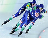 Subject: Ireen Wüst, Marije Joling, Marrit Leenstra; Tags: Athlet, Athlete, Sportler, Wettkämpfer, Sportsman, Damen, Ladies, Frau, Mesdames, Female, Women, Detail, Eisschnelllauf, Speed skating, Schaatsen, Ireen Wüst, Marije Joling, Marrit Leenstra, NED, Netherlands, Niederlande, Holland, Dutch, Sport, Team, Team Pursuit, Mannschaftslauf, Verfolgungsrennen, Jagdrennen, Mannschaftsverfolgung, Teamverfolgung; PhotoID: 2014-12-06-2453