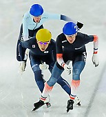 Subject: Alexis Contin, Seung-Hoon.88 Lee; Tags: Alexis Contin, Athlet, Athlete, Sportler, Wettkämpfer, Sportsman, Detail, Eisschnelllauf, Speed skating, Schaatsen, FRA, France, Frankreich, Herren, Men, Gentlemen, Mann, Männer, Gents, Sirs, Mister, KOR, South Korea, Südkorea, Mass Start, Seung-Hoon Lee, Sport; PhotoID: 2014-12-07-1083