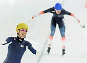 Subject: Seung-Hoon.88 Lee; Tags: Athlet, Athlete, Sportler, Wettkämpfer, Sportsman, Detail, Eisschnelllauf, Speed skating, Schaatsen, Emotion, Emotion, Gefühle, Empfindung, Sentiment, Feeling, Sensation, Passion, Freude, Pleasure, Jubel, Lachen, Glücklich, Glück, Smile, Luck, Lucky, Herren, Men, Gentlemen, Mann, Männer, Gents, Sirs, Mister, KOR, South Korea, Südkorea, Mass Start, Seung-Hoon Lee, Sport; PhotoID: 2014-12-07-1084