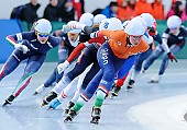 Subject: Esmee Visser, Noemi Bonazza; Tags: Athlet, Athlete, Sportler, Wettkämpfer, Sportsman, Damen, Ladies, Frau, Mesdames, Female, Women, Detail, Eisschnelllauf, Speed skating, Schaatsen, Esmee Visser, ITA, Italy, Italien, Mass Start, NED, Netherlands, Niederlande, Holland, Dutch, Noemi Bonazza, Sport; PhotoID: 2015-01-18-0961