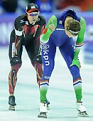Subject: Kjeld Nuis, Samuel Schwarz; Tags: Athlet, Athlete, Sportler, Wettkämpfer, Sportsman, Eisschnelllauf, Speed skating, Schaatsen, GER, Germany, Deutschland, Herren, Men, Gentlemen, Mann, Männer, Gents, Sirs, Mister, Kjeld Nuis, NED, Netherlands, Niederlande, Holland, Dutch, Samuel Schwarz, Sport; PhotoID: 2015-02-14-0554