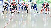Subject: Claudia Pechstein, Irene Schouten, Ivanie Blondin, Martina Sáblíková, Nana Takagi erste Reihe von links nach rechts; Tags: Athlet, Athlete, Sportler, Wettkämpfer, Sportsman, CAN, Canada, Kanada, CZE, Czech Republic, Tschechische Republik, Tschechien, Claudia Pechstein, Damen, Ladies, Frau, Mesdames, Female, Women, Detail, Eisschnelllauf, Speed skating, Schaatsen, GER, Germany, Deutschland, Irene Schouten, Ivanie Blondin, JPN, Japan, Nippon, Martina Sablikova, Mass Start, NED, Netherlands, Niederlande, Holland, Dutch, Nana Takagi, Sport; PhotoID: 2015-03-22-0311