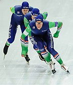 Subject: Arjan Stroetinga, Douwe de Vries, Jan Blokhuijsen; Tags: Arjan Stroetinga, Athlet, Athlete, Sportler, Wettkämpfer, Sportsman, Detail, Douwe de Vries, Eisschnelllauf, Speed skating, Schaatsen, Herren, Men, Gentlemen, Mann, Männer, Gents, Sirs, Mister, Jan Blokhuijsen, NED, Netherlands, Niederlande, Holland, Dutch, Sport, Team, Team Pursuit, Mannschaftslauf, Verfolgungsrennen, Jagdrennen, Mannschaftsverfolgung, Teamverfolgung; PhotoID: 2015-12-04-0649