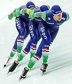 Subject: Arjan Stroetinga, Douwe de Vries, Jan Blokhuijsen; Tags: Arjan Stroetinga, Athlet, Athlete, Sportler, Wettkämpfer, Sportsman, Detail, Douwe de Vries, Eisschnelllauf, Speed skating, Schaatsen, Herren, Men, Gentlemen, Mann, Männer, Gents, Sirs, Mister, Jan Blokhuijsen, NED, Netherlands, Niederlande, Holland, Dutch, Sport, Team, Team Pursuit, Mannschaftslauf, Verfolgungsrennen, Jagdrennen, Mannschaftsverfolgung, Teamverfolgung; PhotoID: 2015-12-04-0654
